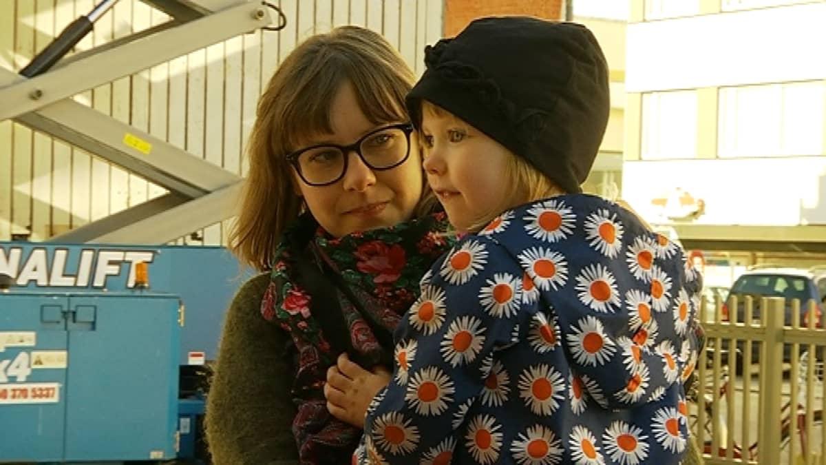Helena ja Beata Pennanen
