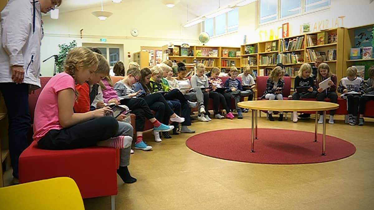 Digiopissa Seinäjoella Marttilan koulussa.
