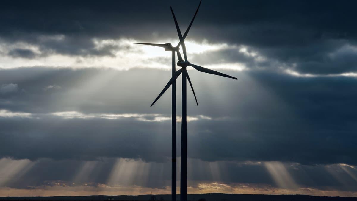 Tuulimyllyjä Saksan Sieversdorfissa.