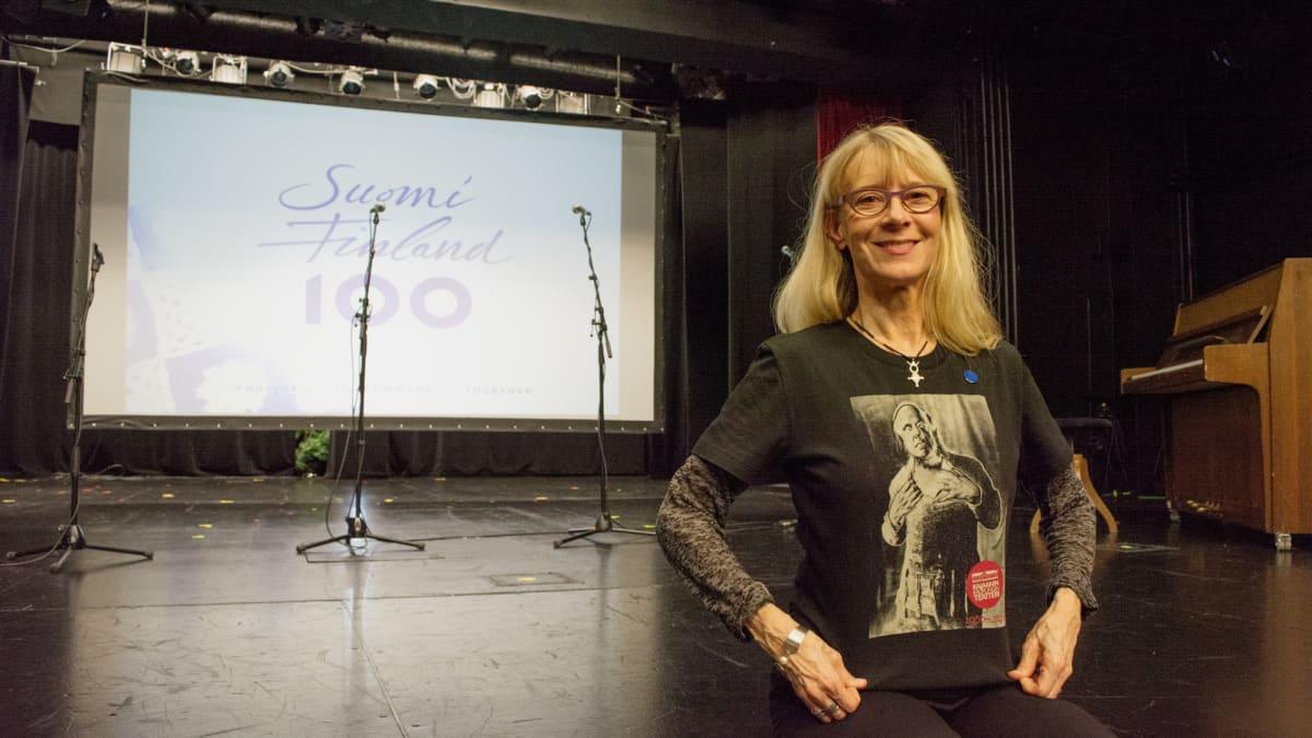 Kajaanin kaupunginteatterin teatterinjohtaja Helka-Maria Kinnunen