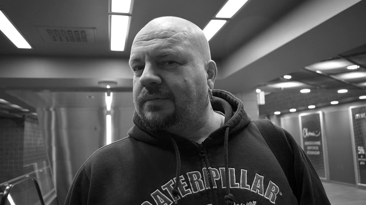 Timo Rautiainen lupaa uuden Niskalaukaus-levyn loppuvuodesta.