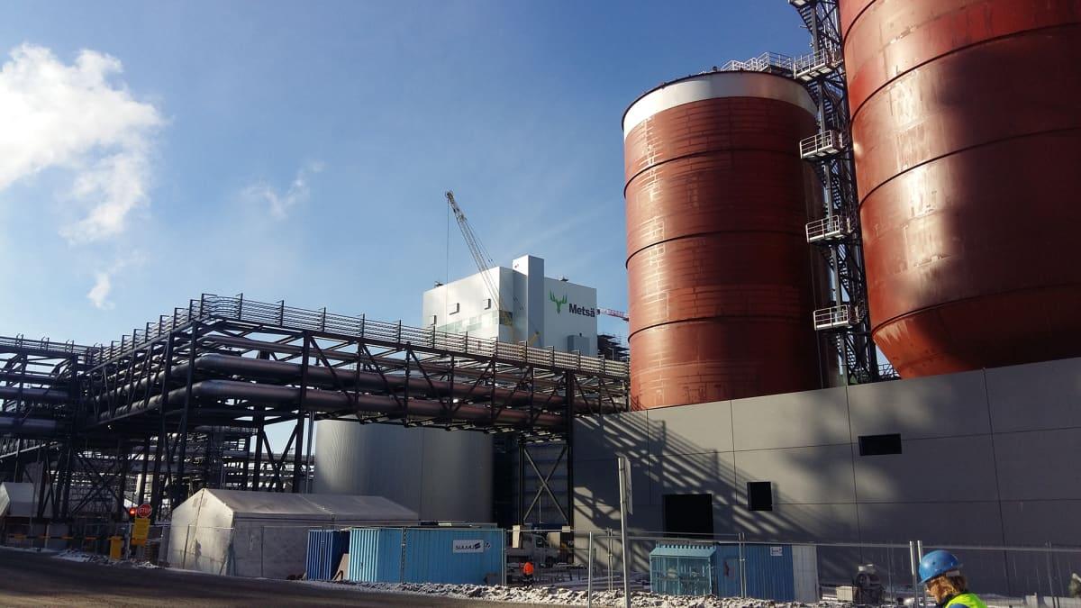 Metsä Groupin uusi biotuotetehdas on viittä vaille valmis.