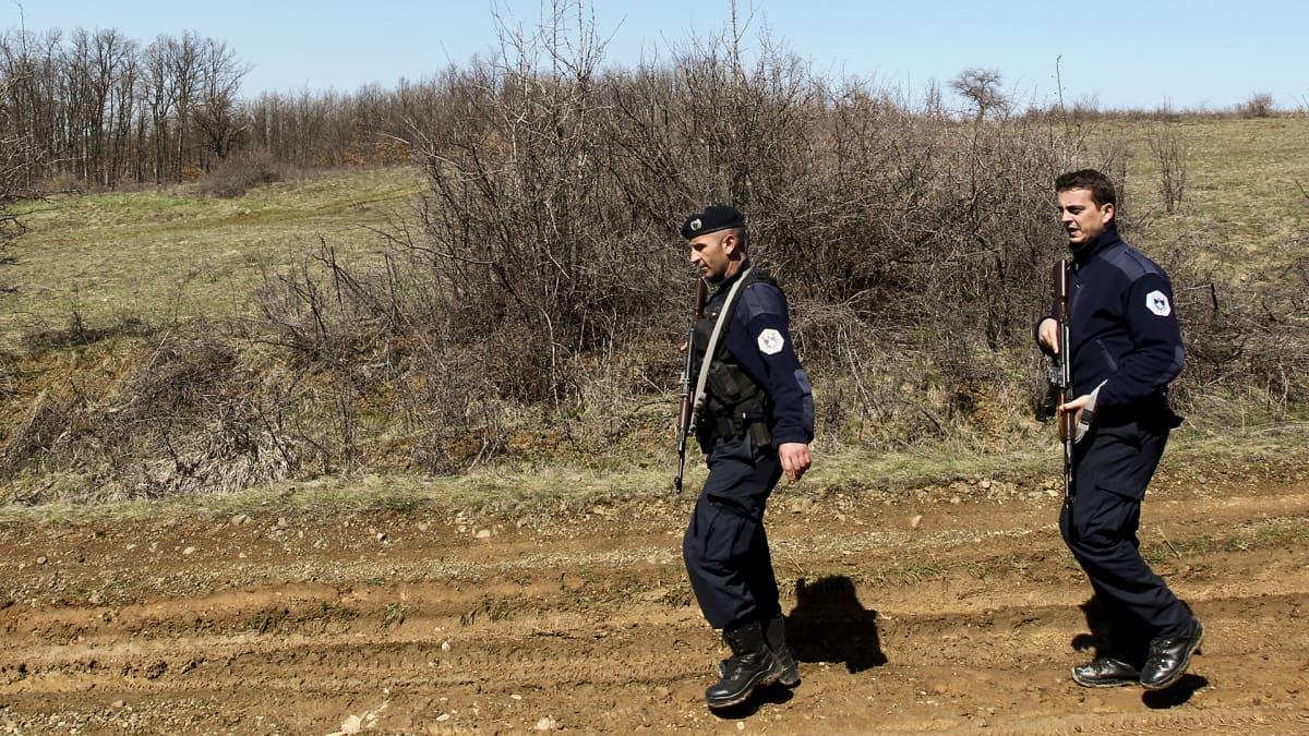 Kosovon poliisi.