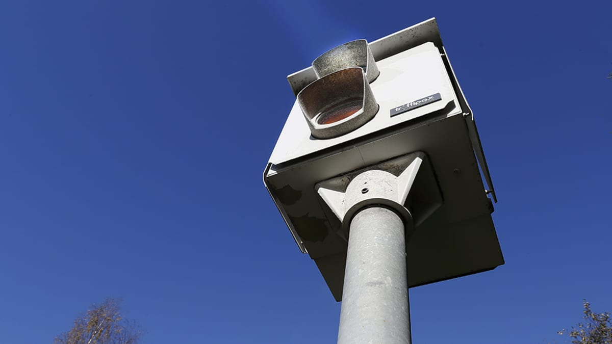 Automaattinen kameravalvonta.