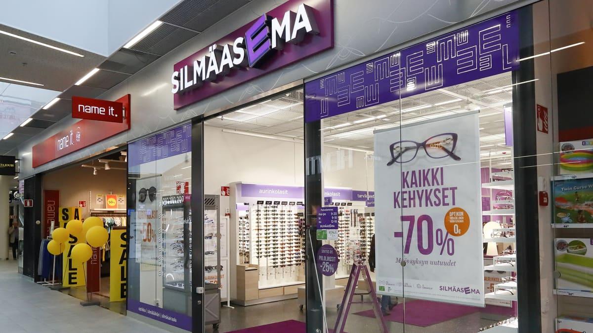 Optikkoliike Silmäasema Hämeenlinnan kauppakeskus Goodmaninissa.