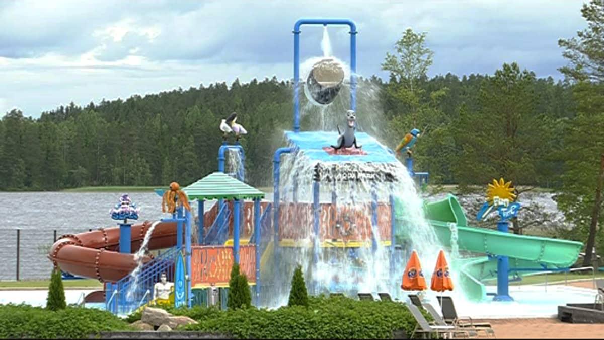 Kouvolan Aquaparkin vesileikkipaikka.