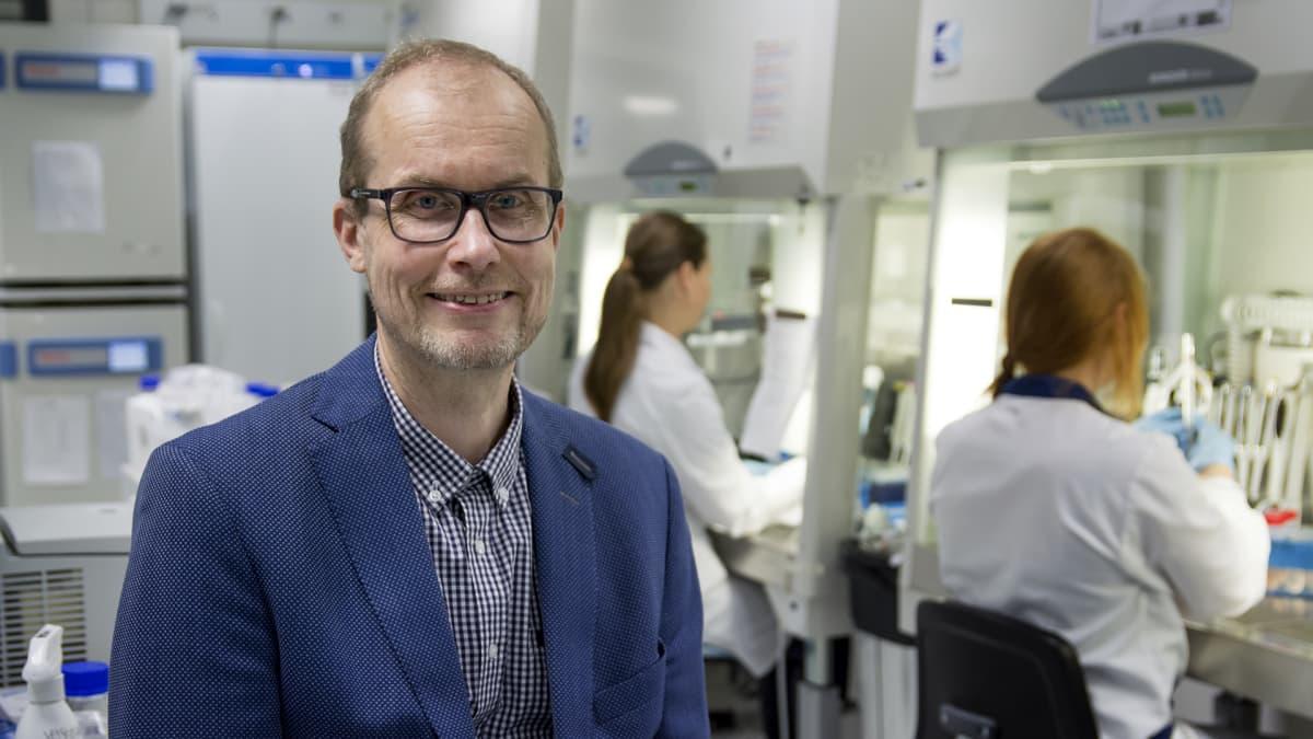 Professori Heikki Hyöty
