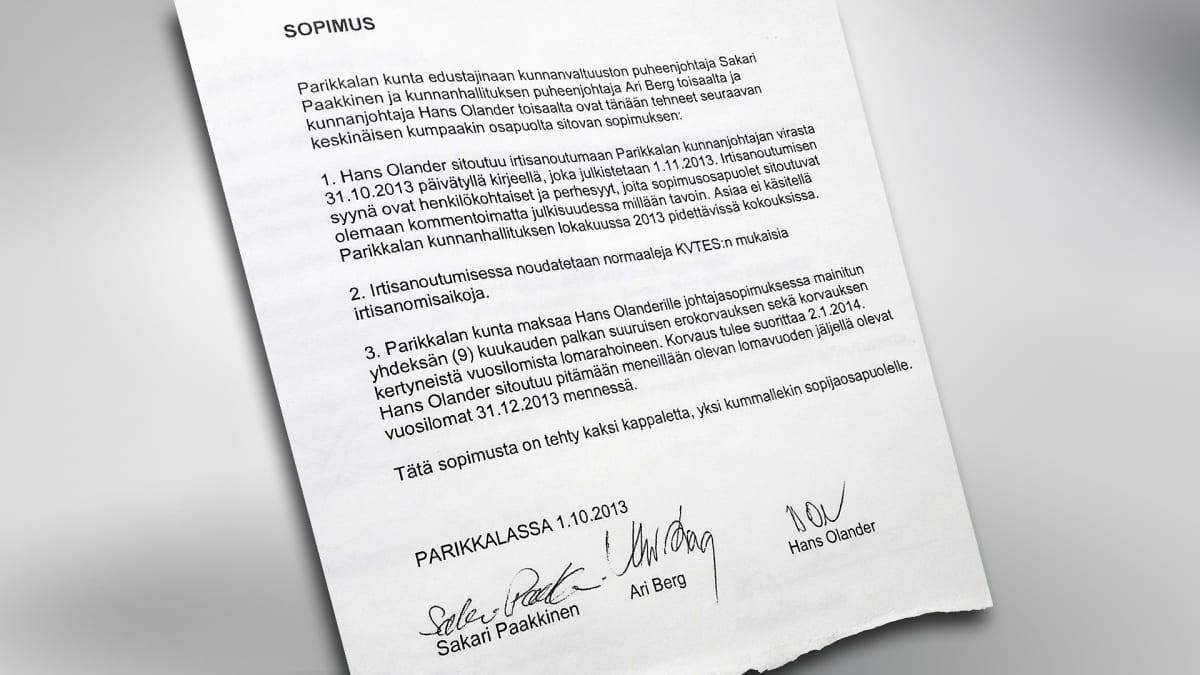 Sopimuspaperi, jossa sovitaan Parikkalan kunnanjohtaja Hans Olanderin irtisanoutumisesta.