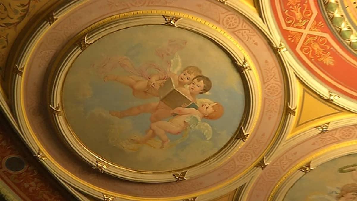 Poirn teatteri kattomaalaus