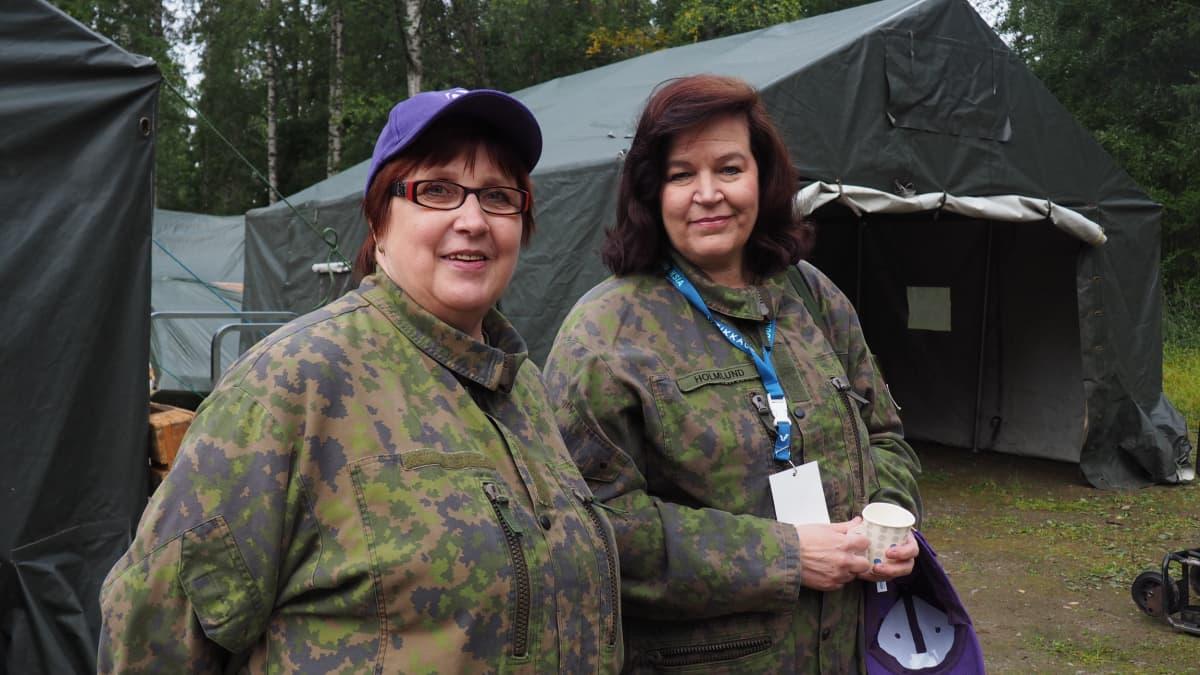 Irma Kärkkäinen ja Anne Holmlund Minnatar 2017 -valmiusharjoituksissa.