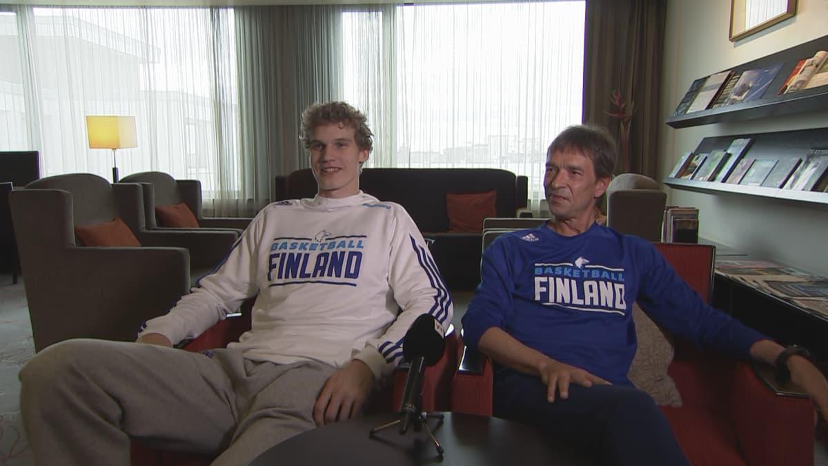 Lauri Markkanen ja Jussi Hirvonen
