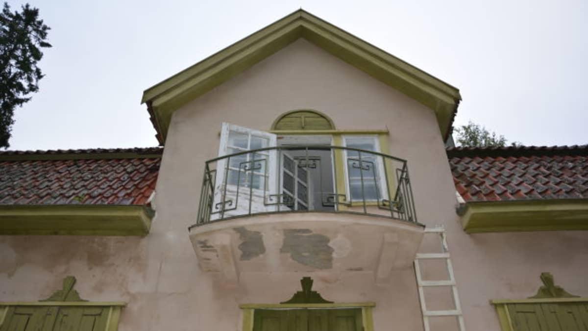 Villa Ståhlströmin parveke