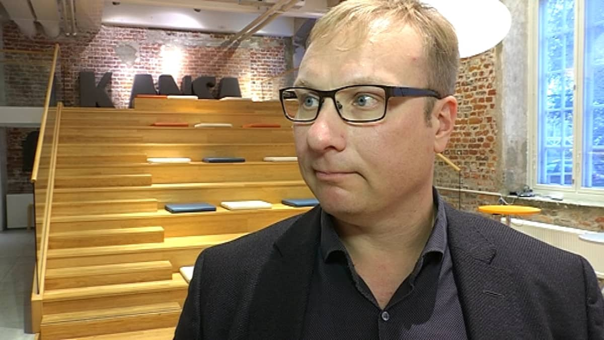 Satakunnan Kansan päätoimittaja Tomi Lähdeniemi