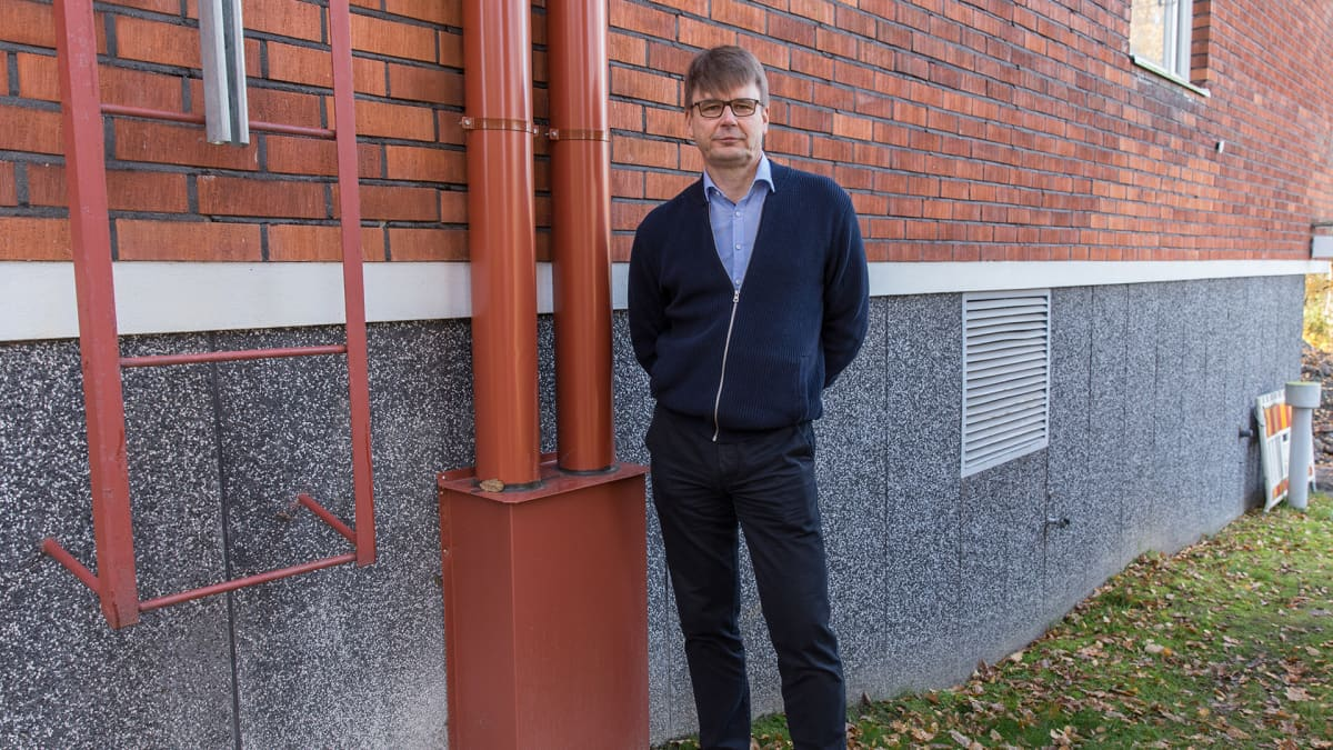 Olli Salmela, taloyhtiön hallituksen puheenjohtaja