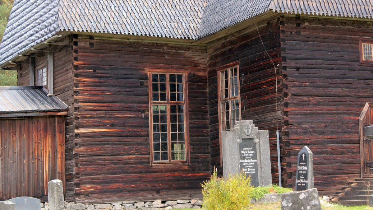 Petäjäveden vanha kirkko.