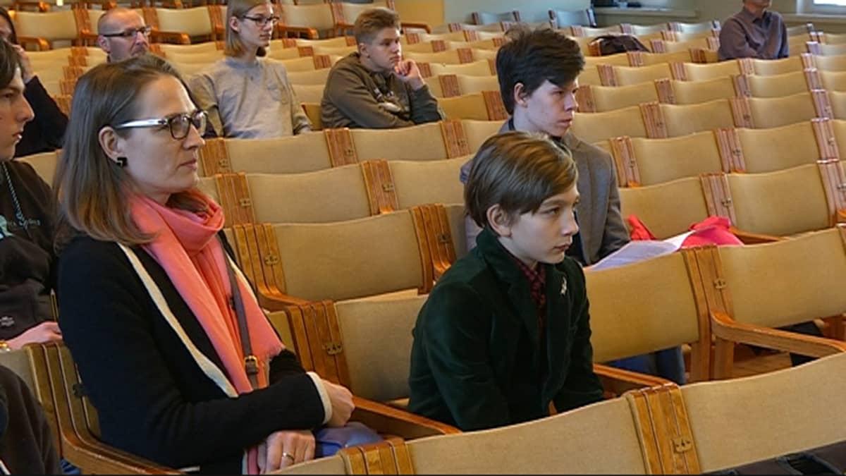 Lasten ja nuorten Uuno Klami -sävellyskilpailun osallistuja Maxim Larionov