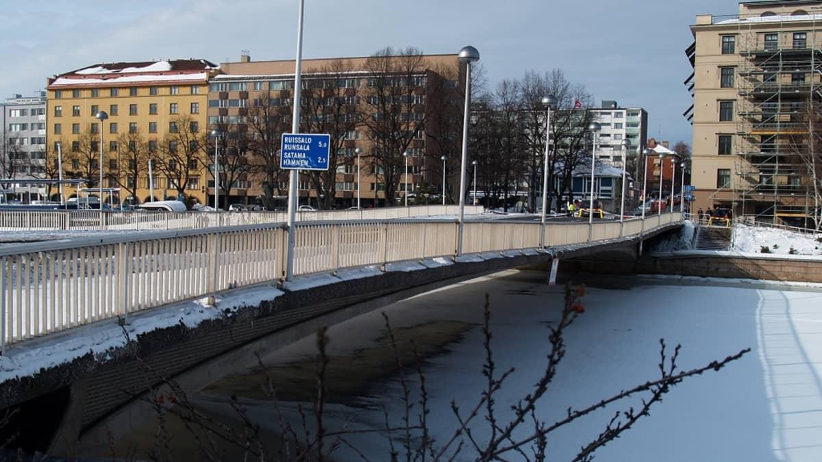 YLE / Lassi Lähteenmäki