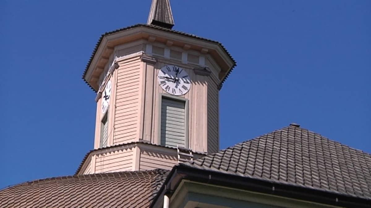 Vimpelin kirkko valmistui vuonna 1807.