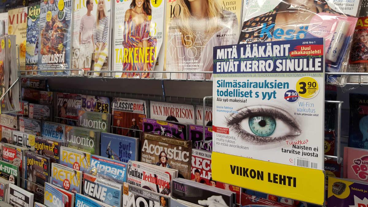 Mitä lääkärit eivät kerro sinulle -lehti Kajaanin R-kioskin lehtihyllyssä