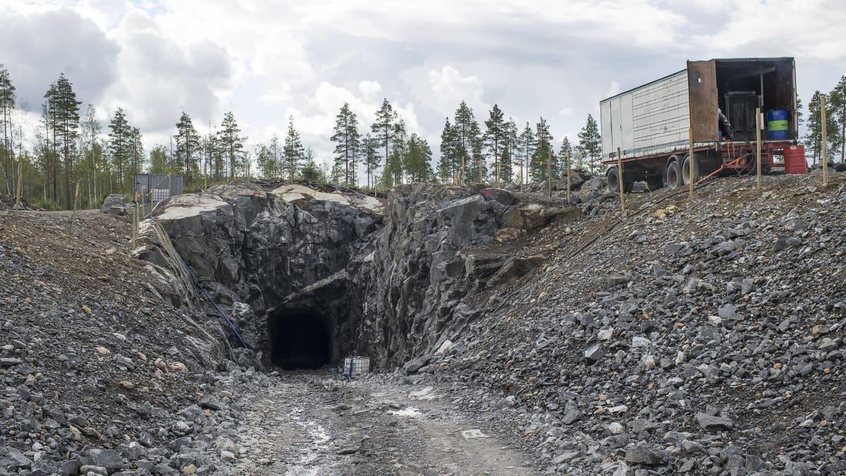 Keliberin Litiumkaivoksen tutkimustunneli Kokkolan Syväjärvellä.