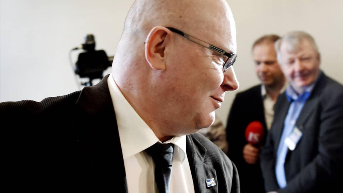 Jari Lindström