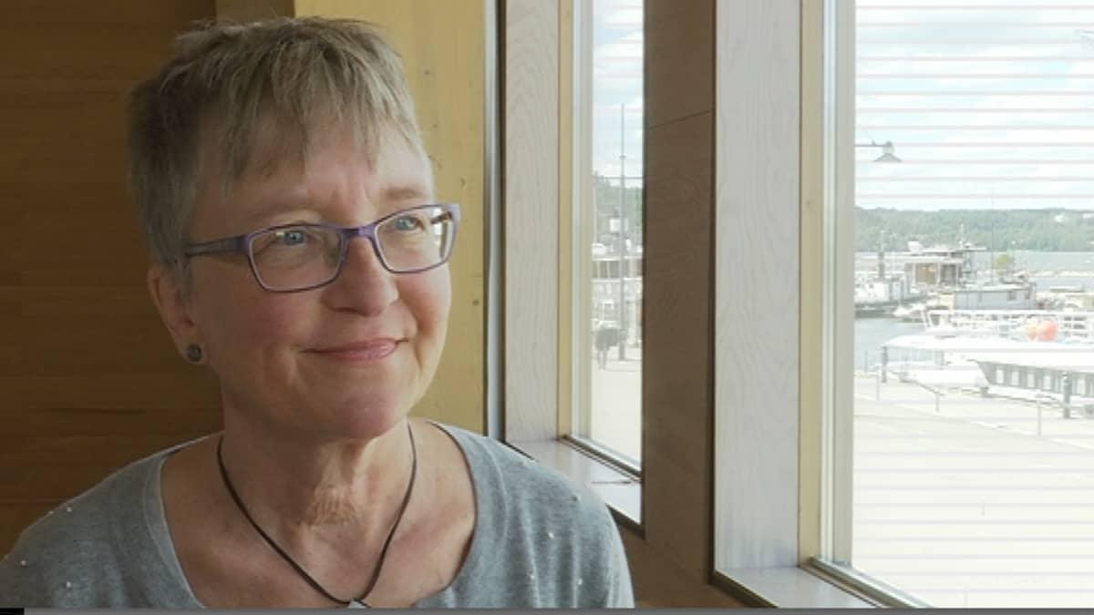 Vesistötutkija Gertrud Nürnberg Kanadasta.