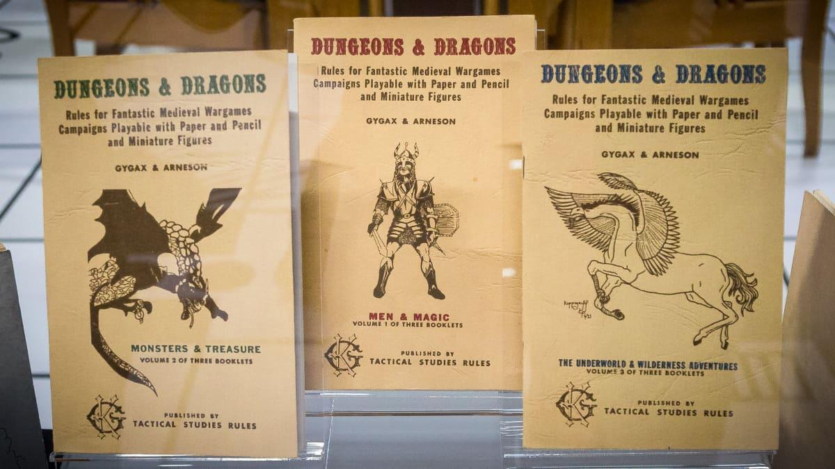 Dungeons & Dragons roolipelin sääntökirjat