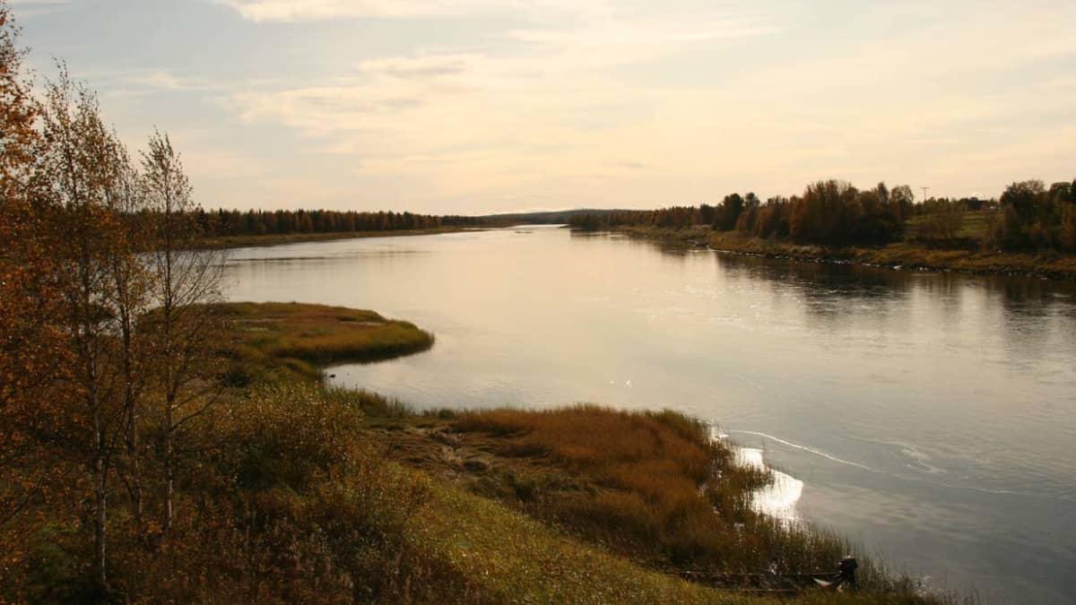 Ounasjoki Kaukosen kylä Kittilä