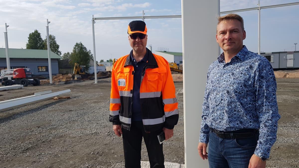 Minimani Yhtiöiden kiinteistöpäällikkö Pekka Haapanen ja toimitusjohtaja Heikki Tynjälä.