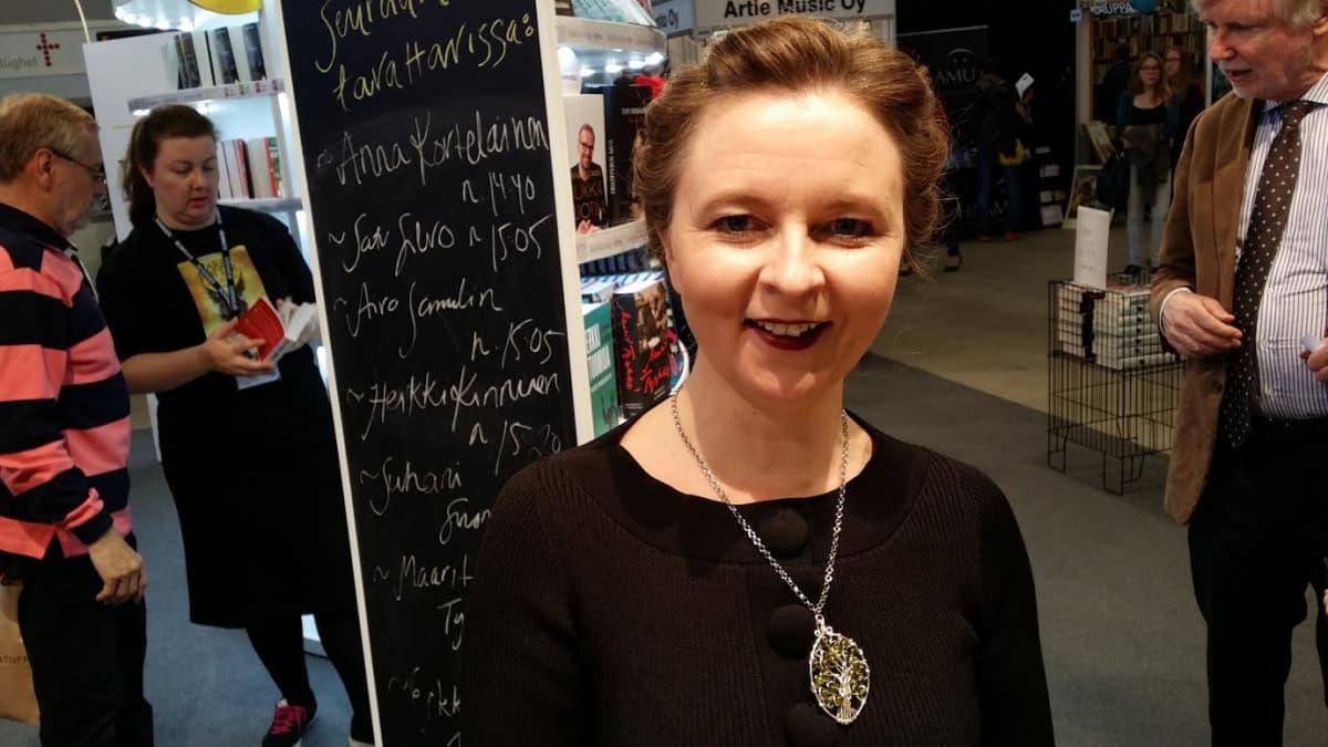 Kirjailija Anna Kortelainen