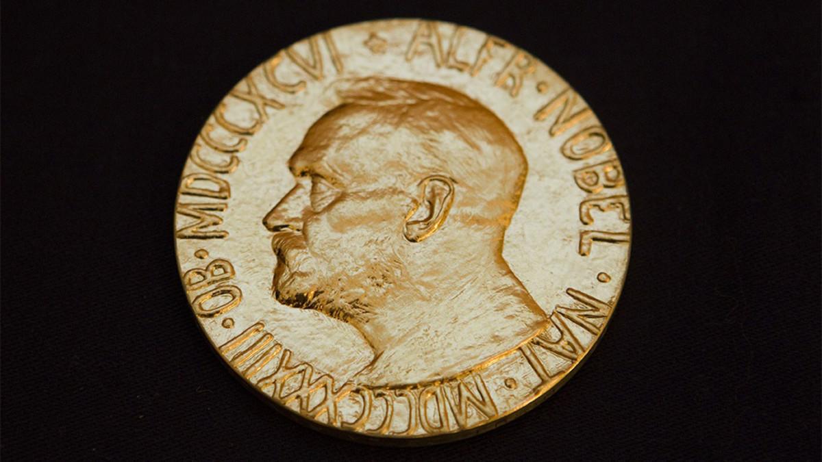 Nobelin kirjallisuuspalkinto julkistetaan - katso suora lähetys Tukholmasta