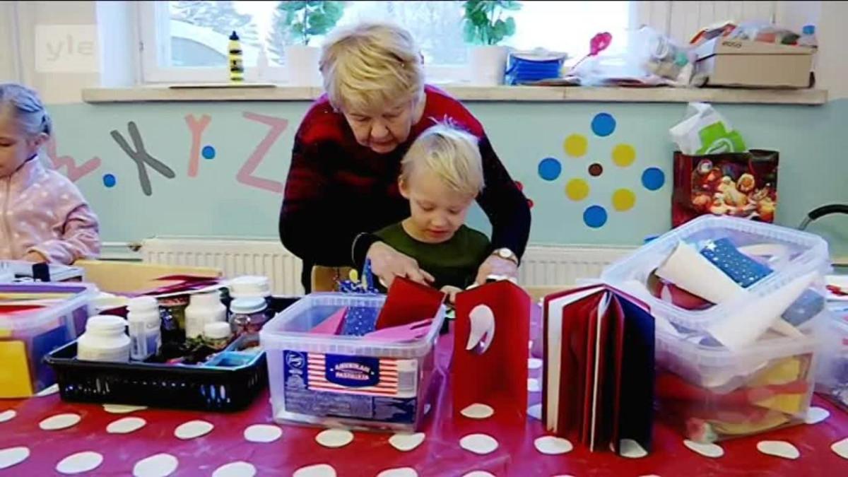 Yle Uutiset Uusimaa: Aamumummolassa annetaan lapselle aikaa