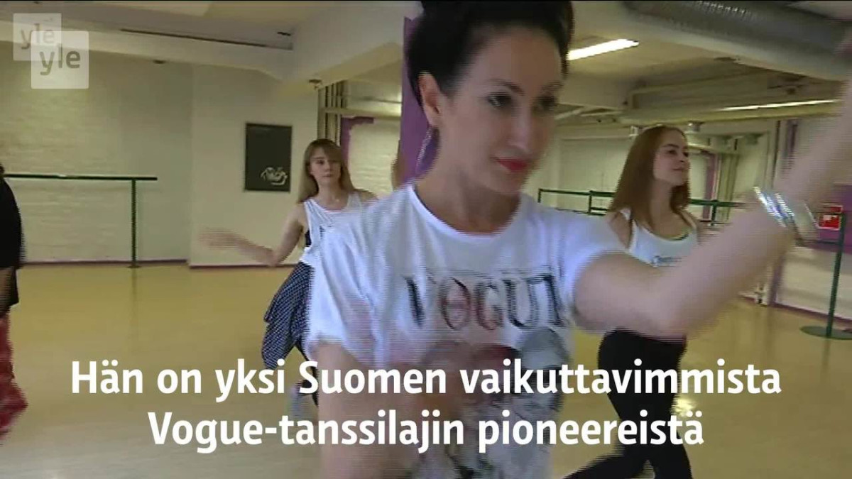 Venla Vuorio teki aikaisemmin kesällä oman koreografiansa Hulahula-kappaleeseen.