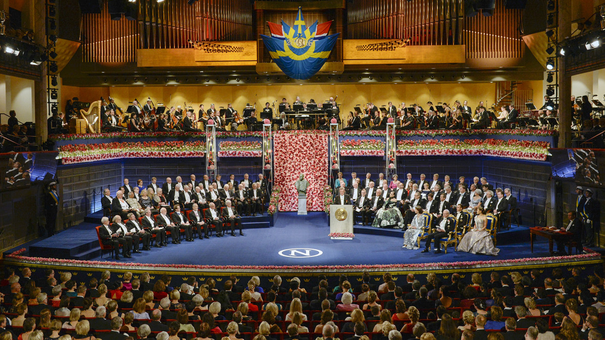 Nobelin palkintojenjakotilaisuus Tukholmassa