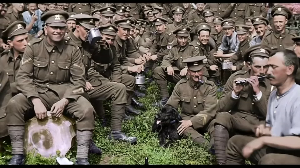 Uusi dokumentti näyttää ensimmäisen maailmansodan väreissä