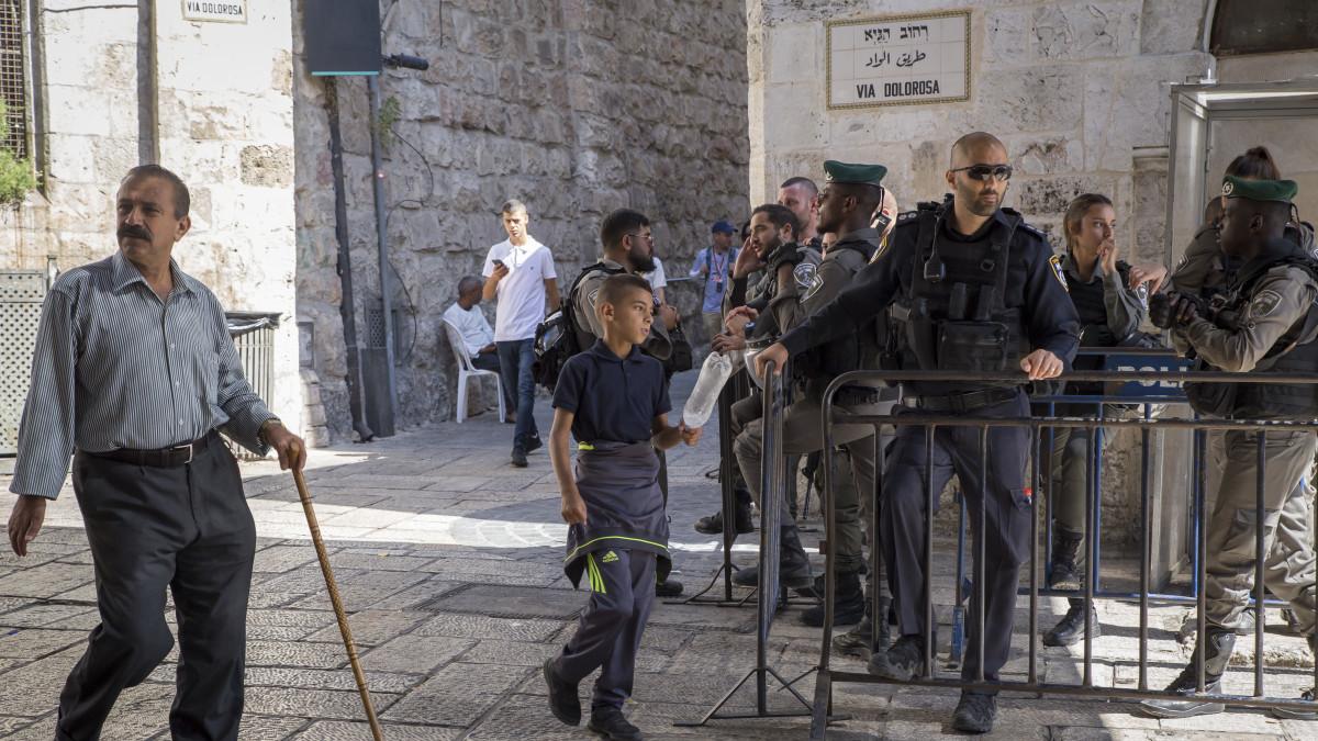 Uusi kansalaisuuslaki betonoi Israelin juutalaisten valtioksi – siirtokuntalainen tuntee iloa ja ...