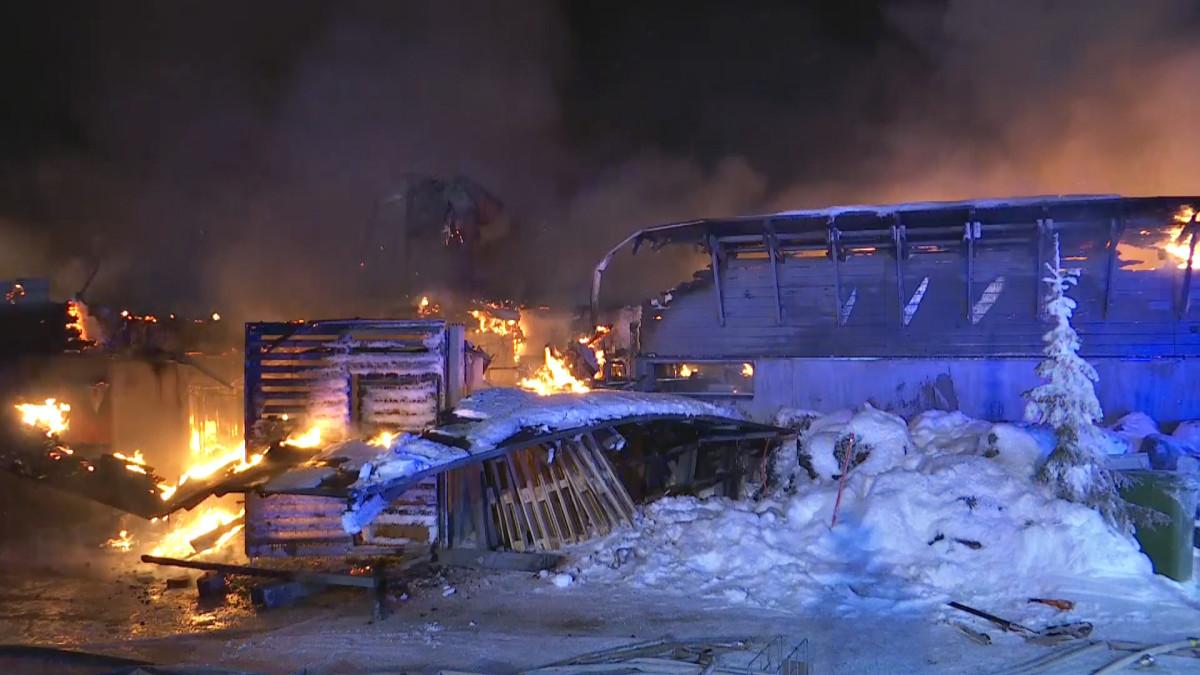 Hotelli Iso-Syötteellä raju tulipalo