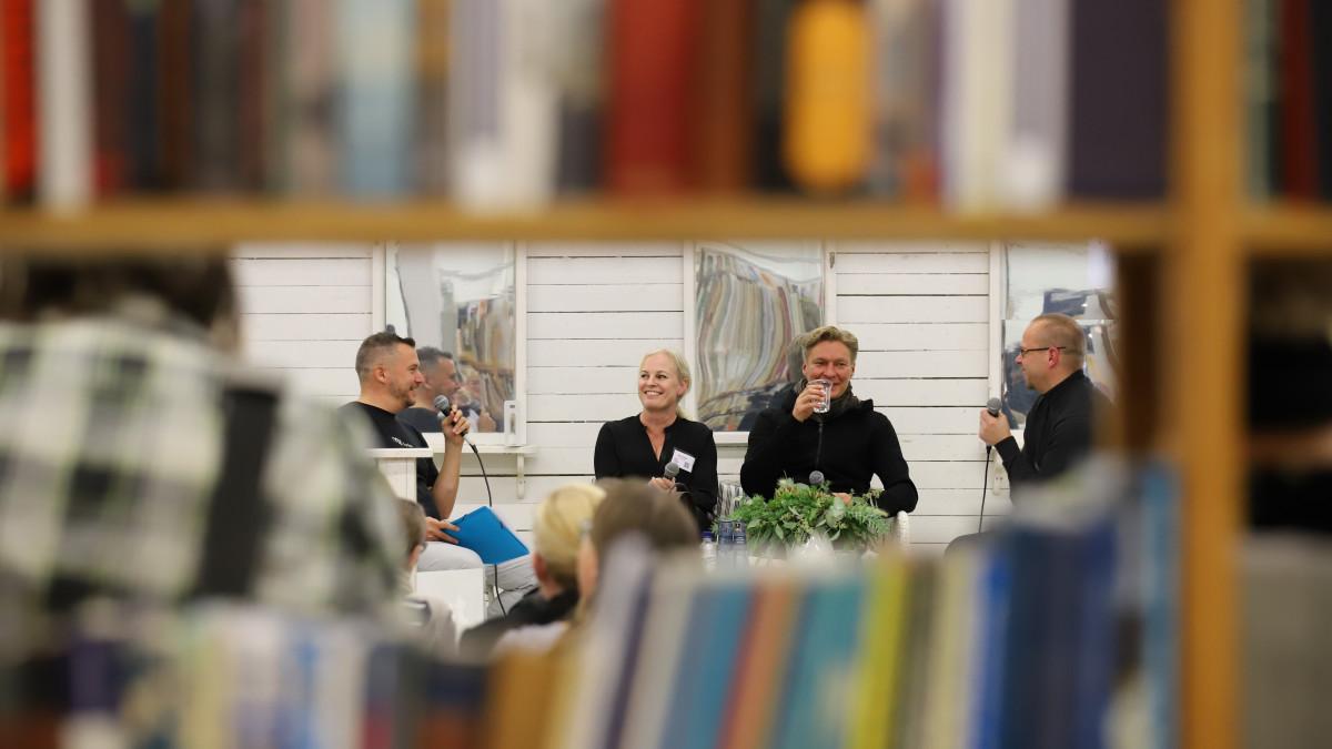 Kallen Kantapöytä goes Turun kirjamessut