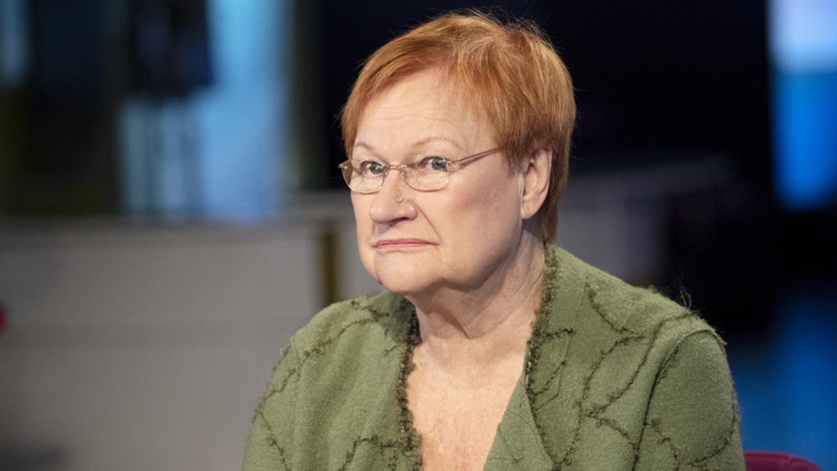 Tarja Halonen Ykkösaamussa: Suomen politiikan epävakaus tuo lisää ...