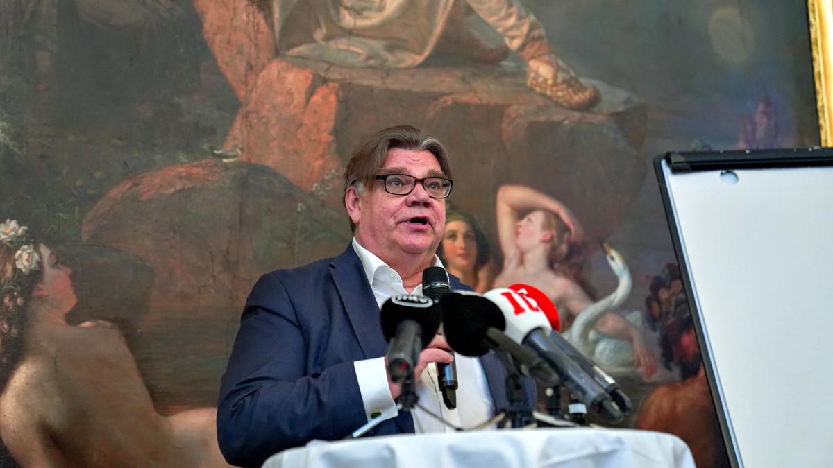Timo Soini rikkoo hiljaisuuden - julkaisee kirjan populismista