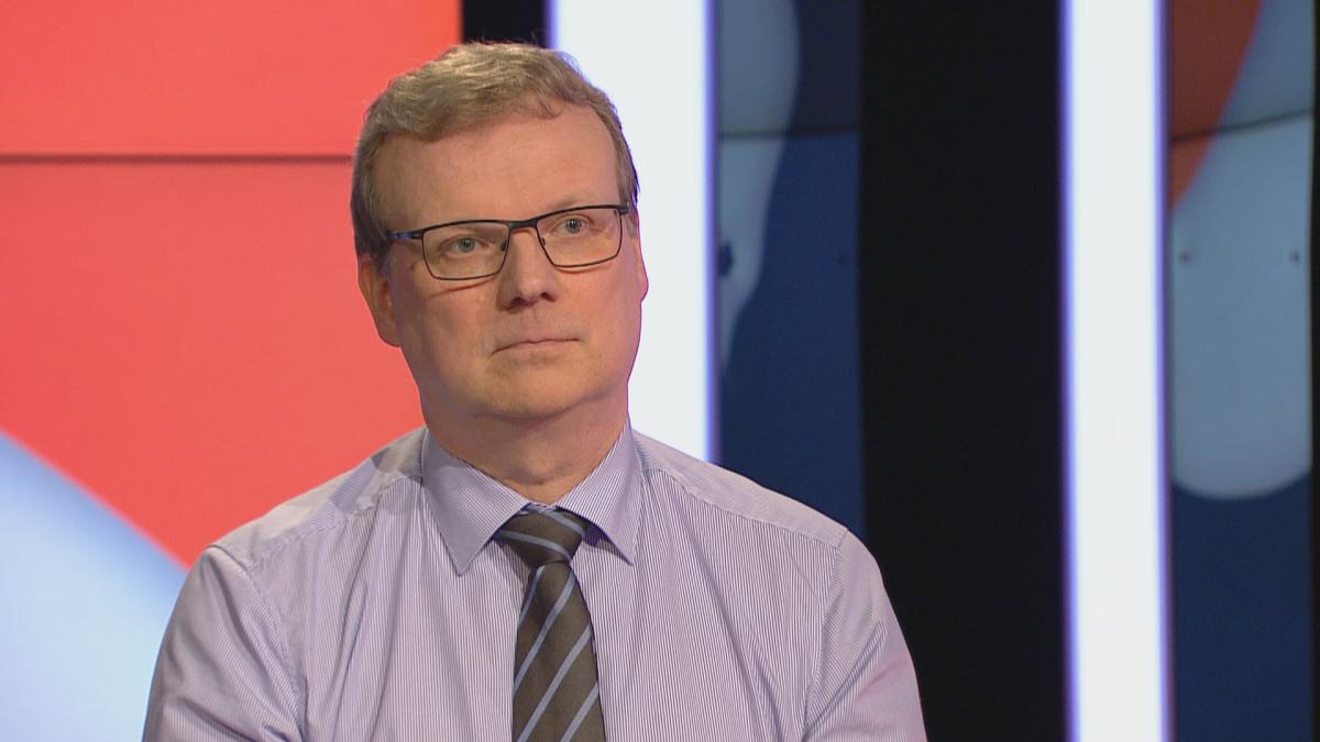 THL:n pääjohtaja Markku Tervahauta: Koronaepidemia pitäisi nyt pyrkiä tukahduttamaan