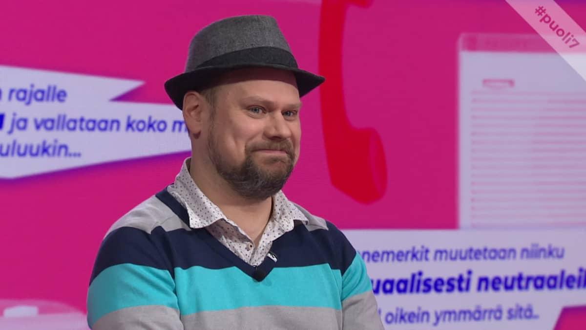 Radio Suomen Olli Haapakangas: Kansanradion kuuntelu poistaa hyvin kuplautumista