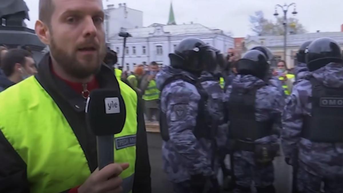 Ylen kirjeenvaihtaja Erkka Mikkonen raportoi Moskovan mielenosoituksista