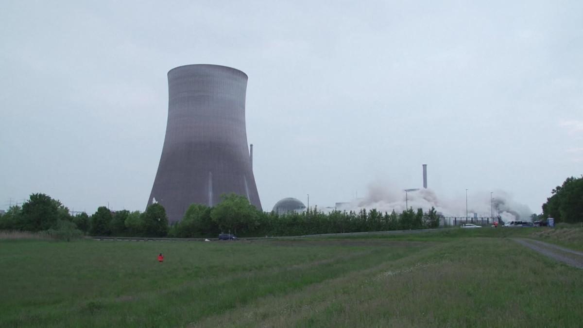 Saksan Philippsburgin ydinvoimalan jäähdytystornit räjäytettiin