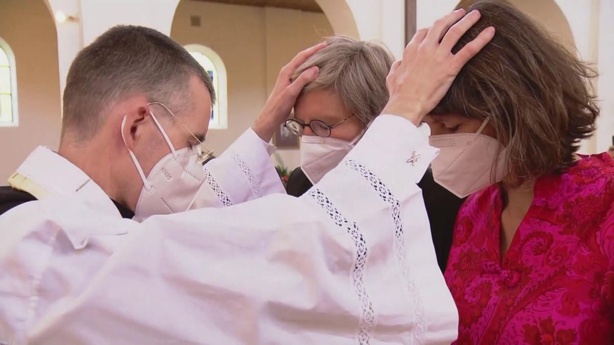 Saksassa papit uhmaavat Vatikaania