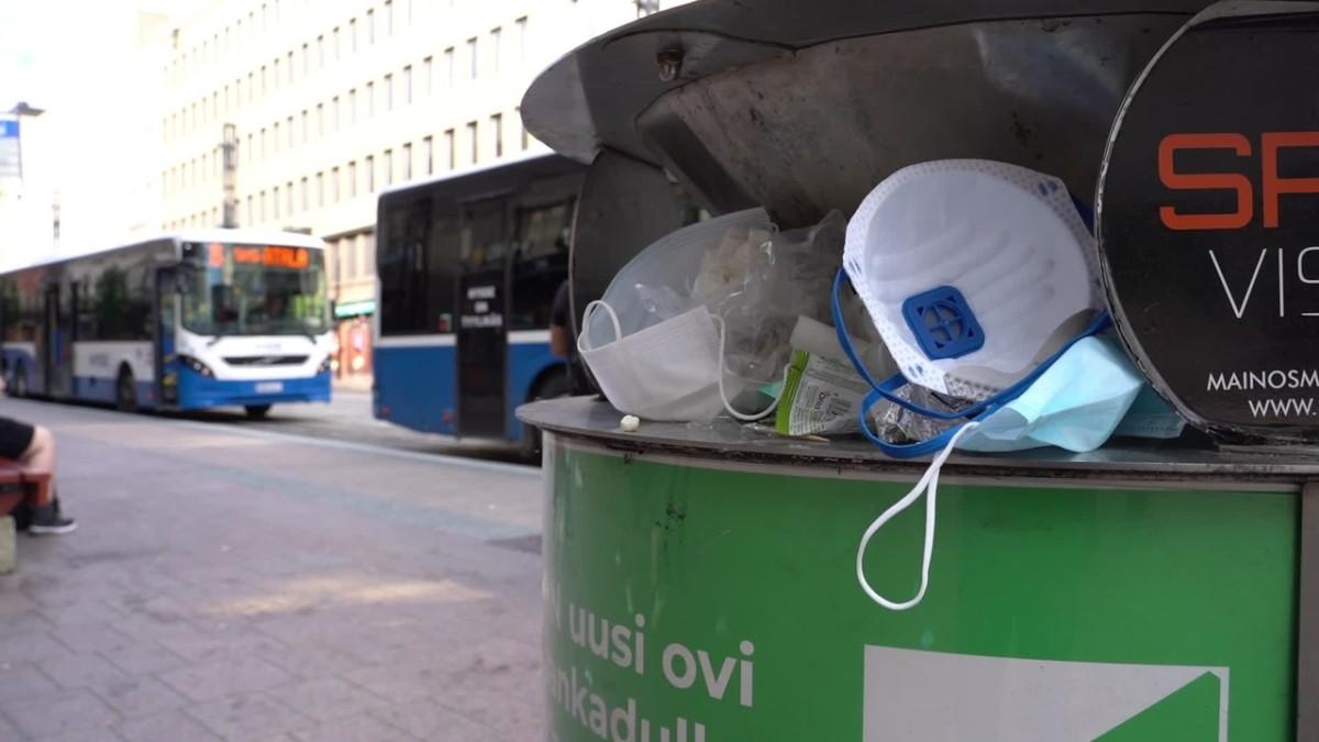 Kasvomaskit täyttävät Tampereen roskikset