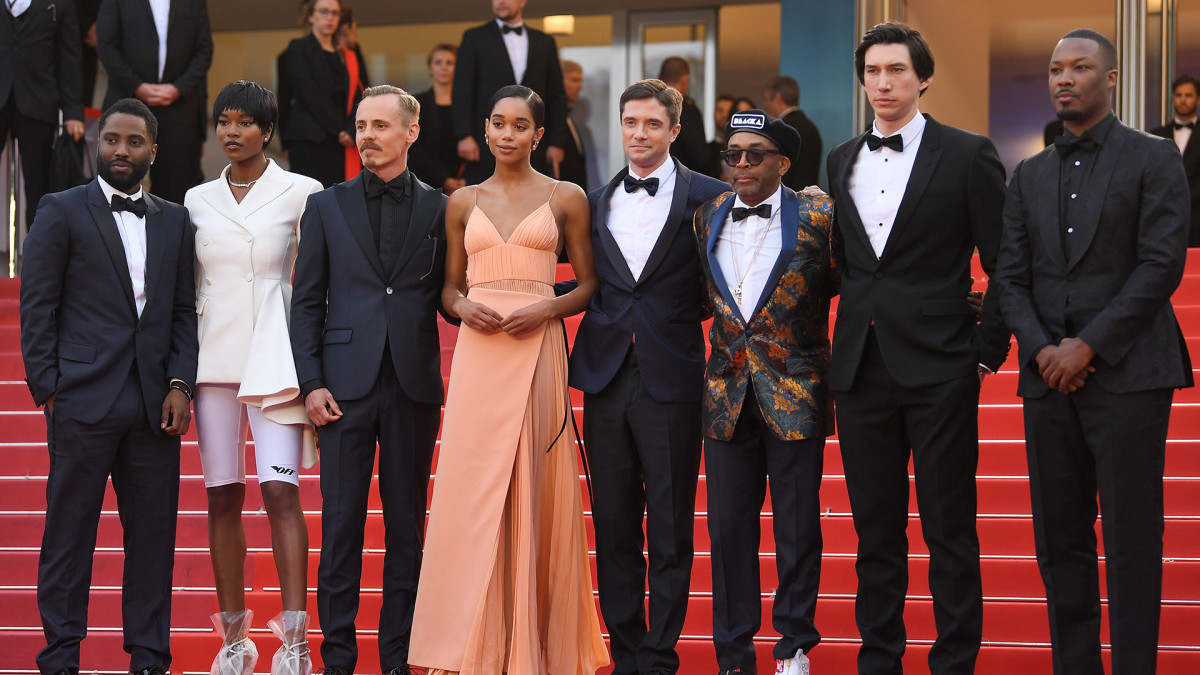 John David Washington, Damaris Lewis, Jasper Pääkkönen, Laura Harrier, Topher Grace, ohjaaja Spike Lee, Adam Driver and Corey Hawkins punaisella matolla.