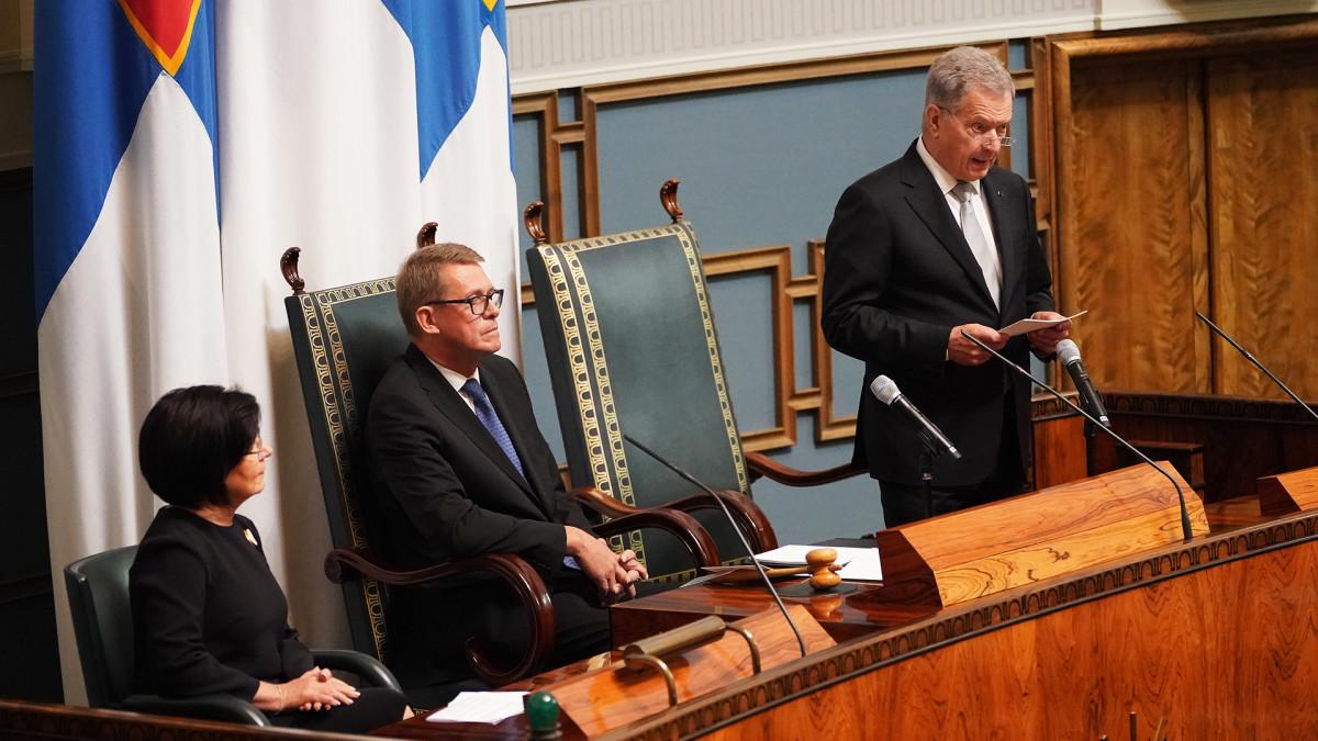 Presidentti Sauli Niinistö puhuu eduskunnassa