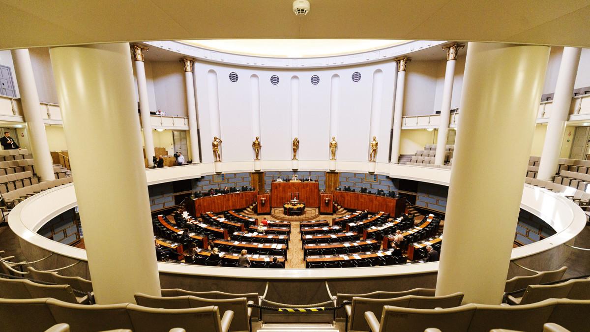 Eduskunnan istuntosali täysistunnossa 20. toukokuuta.