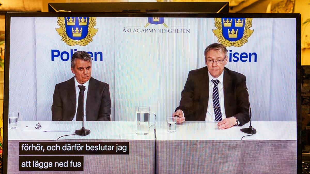Ruotsin poliisin tiedotustilaisuus Palmen murhatutkinnasta.